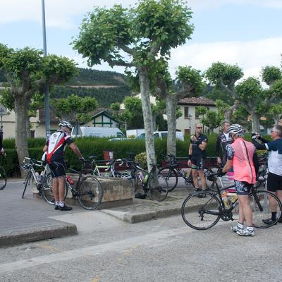 Coffee stop during a guided bike tour