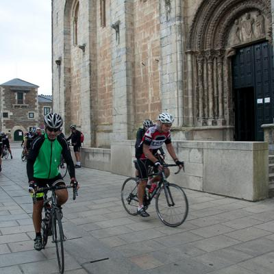 Guided road bike tours in Spain