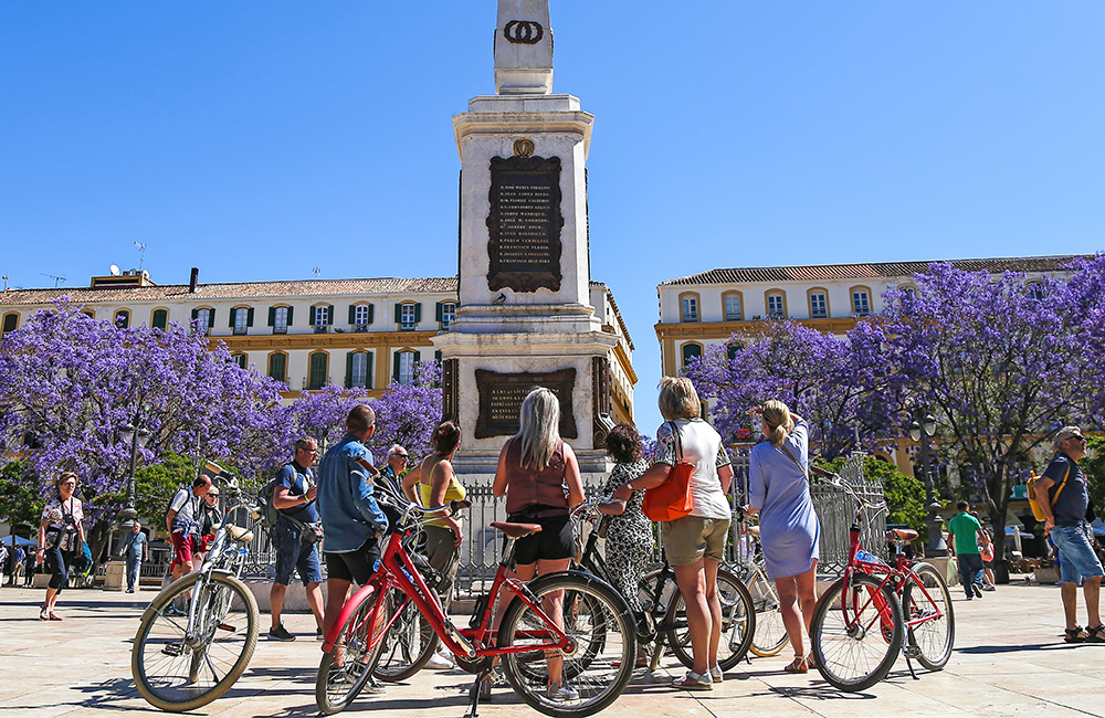 Guided bike tours in Malaga city