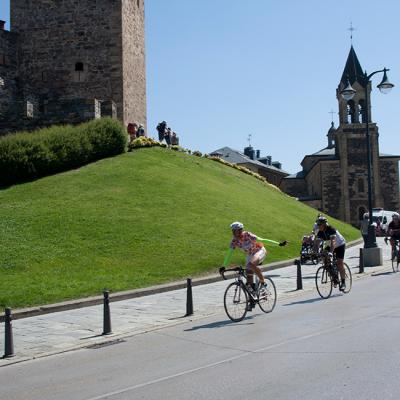 Guided road bike tour in Spain